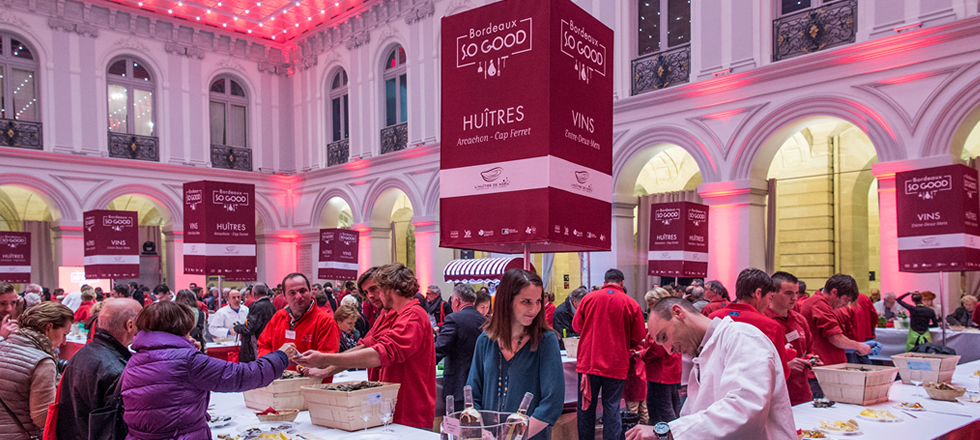 Food event in bordeaux with oysters and rose wine