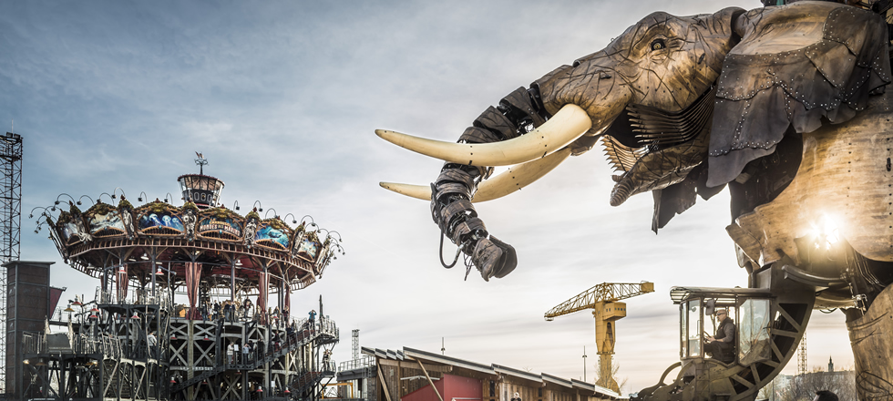 Machines de l'ile in Nantes huge elephant